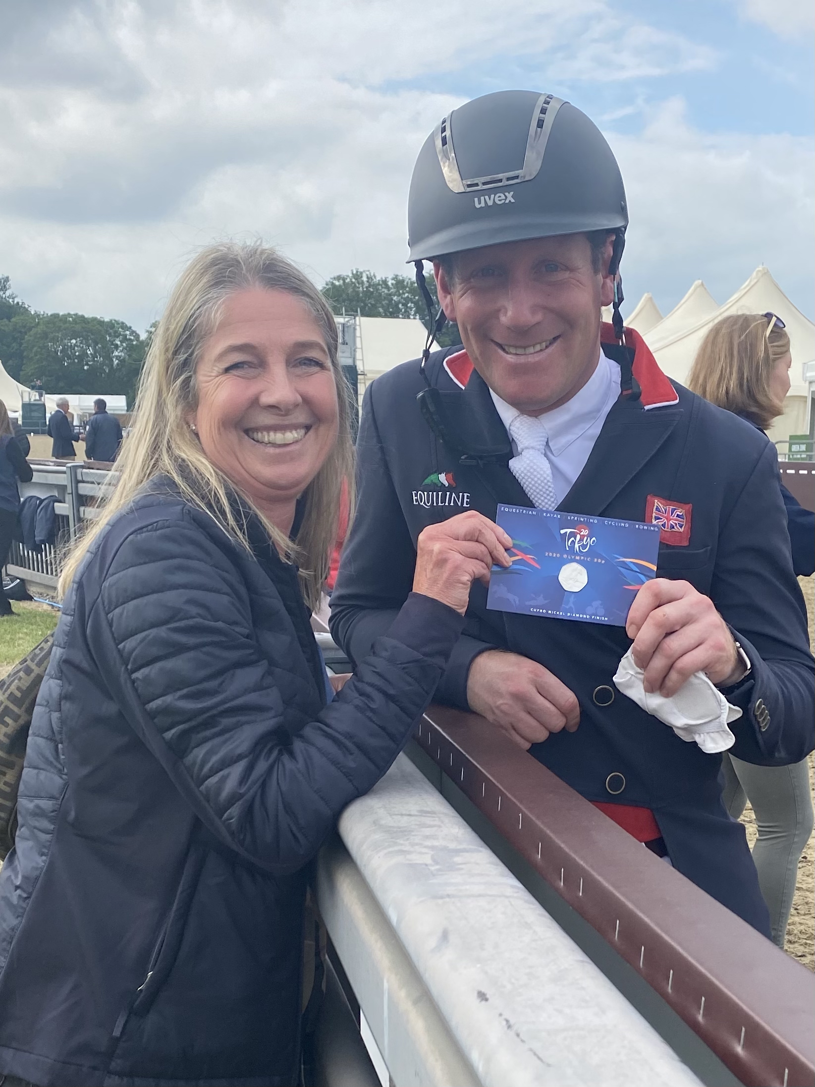 Team GB Equestrian Athlete Oliver Townend Presented with Coin from Pobjoy Mint